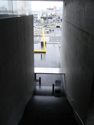 丸亀市猪熊弦一郎現代美術館21