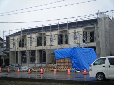 一宮市の共同住宅、足場解体前