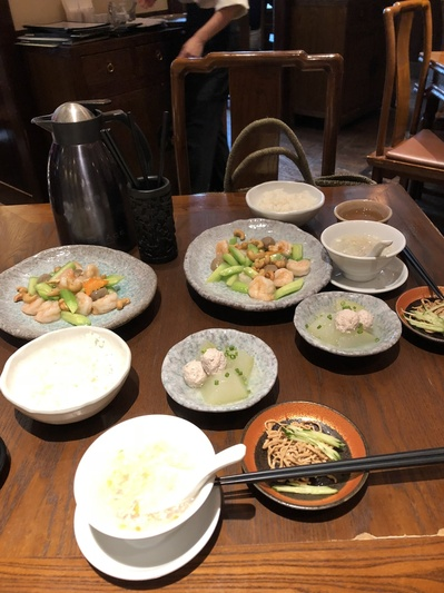 夏の東京散策、コレド室町、三越前