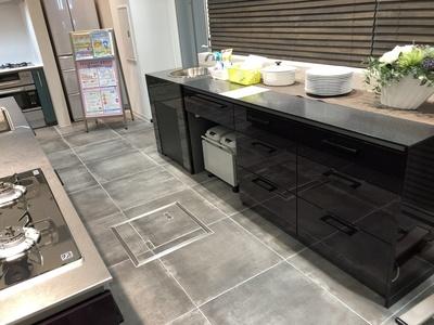キッチンプランニング ゴミ箱 食事 家事動線