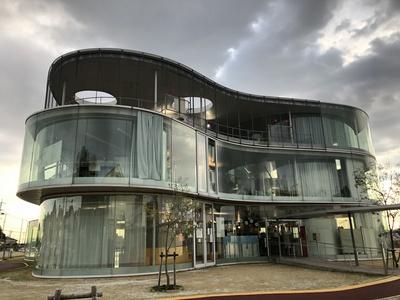 豊田市生涯学習センター 建築設計 妹島
