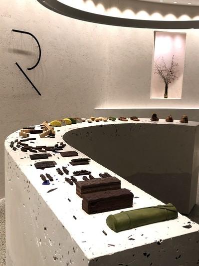 RAU チョコレート 京都 河原町 眠れる森の美女 美 サロン ゴージャス